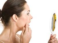 alimentazione, bellezza, cibi grassi, curare, idratare la pelle, pelle, pelle grassa, pelle seborroica, pori, prodotti di makeup, pulizia del viso, tonico, trattamenti,dieta,make up luminoso,make up,