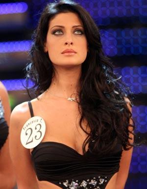 """Francesca Testasecca, il seno è ricresciuto: """"Ho di nuovo una quarta, ma non mi opererò"""""""