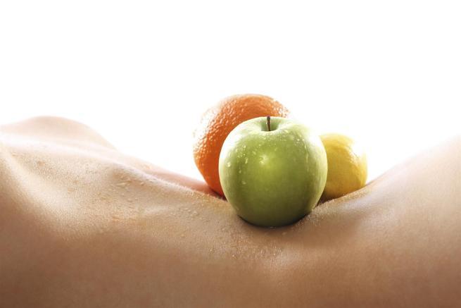 Vuoi perdere qualche chilo di troppo e rafforzare il sistema immunitario? Ecco dieci regole da non dimenticare