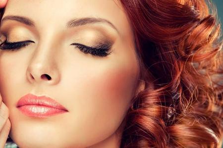 Le persone con i capelli rossi sembrano più giovani? Il segreto è nascosto in un gene